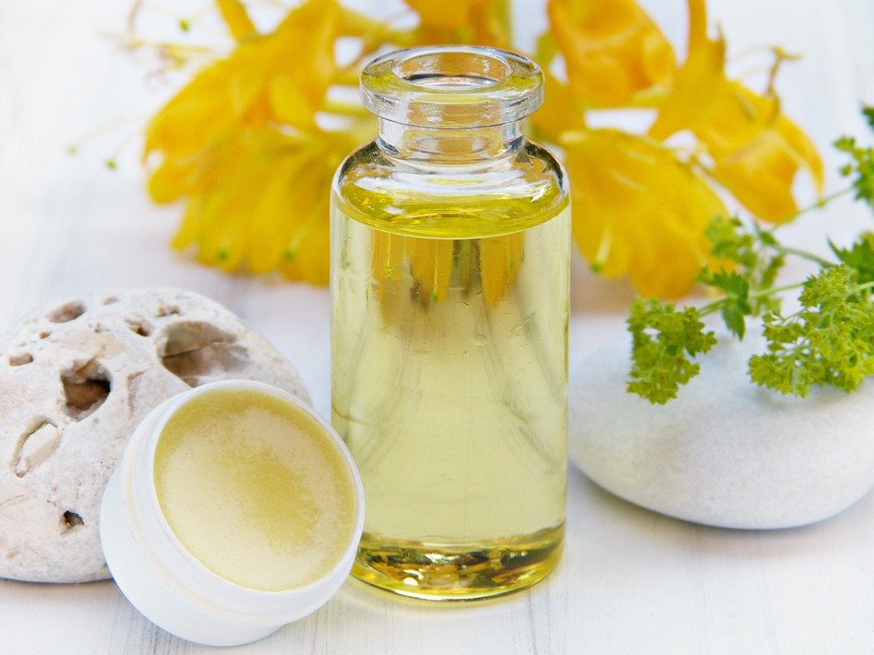 natural skin cosmetics